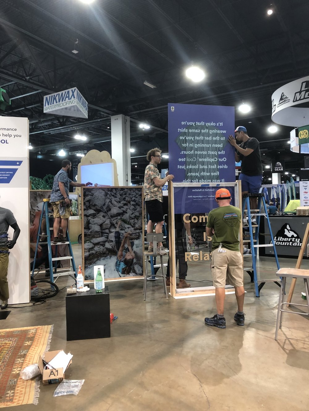 patagonia_outdoor_retailer_display_booth2.jpg