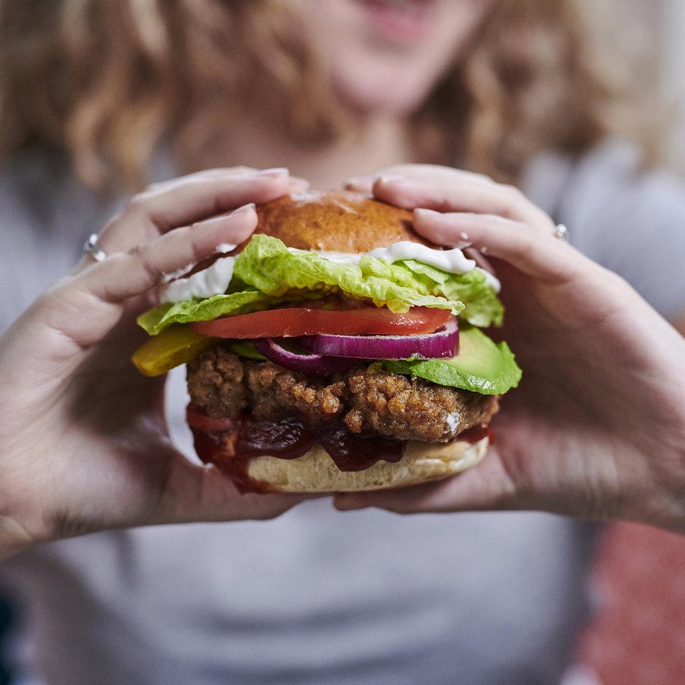 Vegan Fried Fillet Burger - Vegan chicken recipe