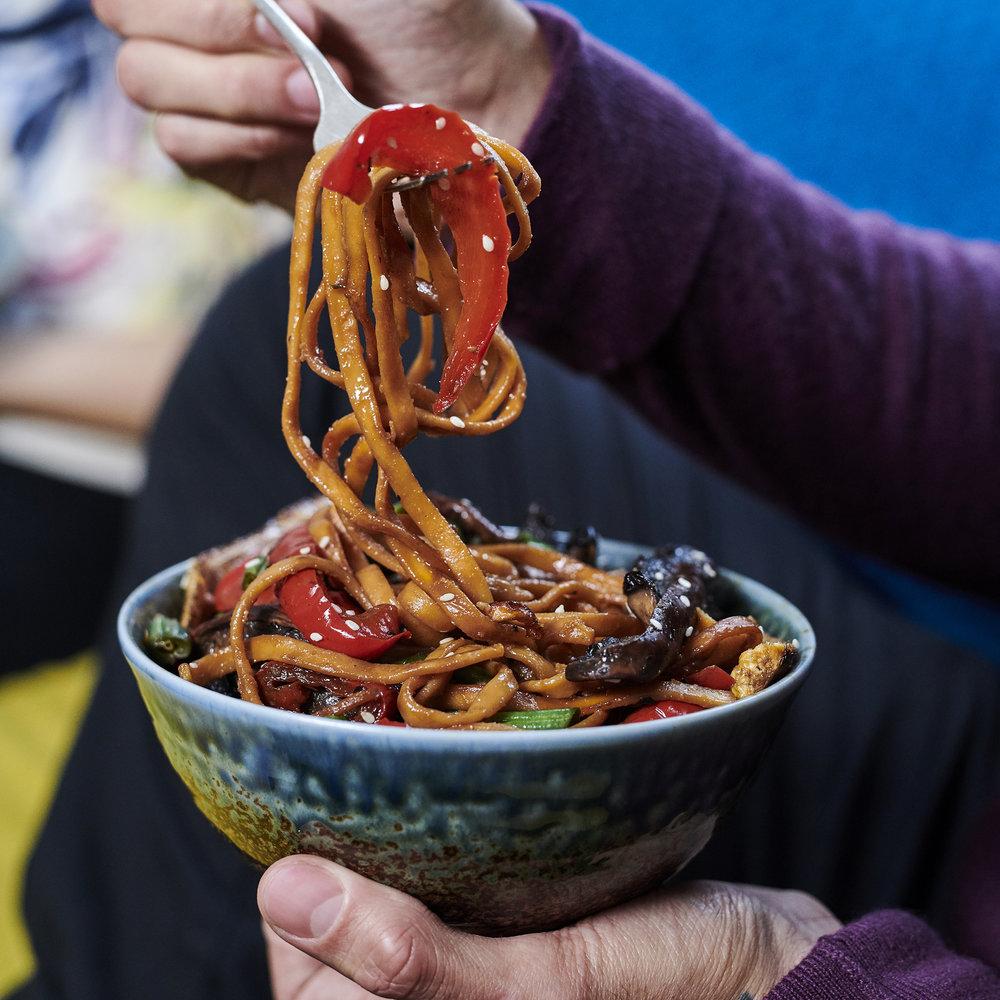 Easy teriyaki noodles - Vegan ready meals