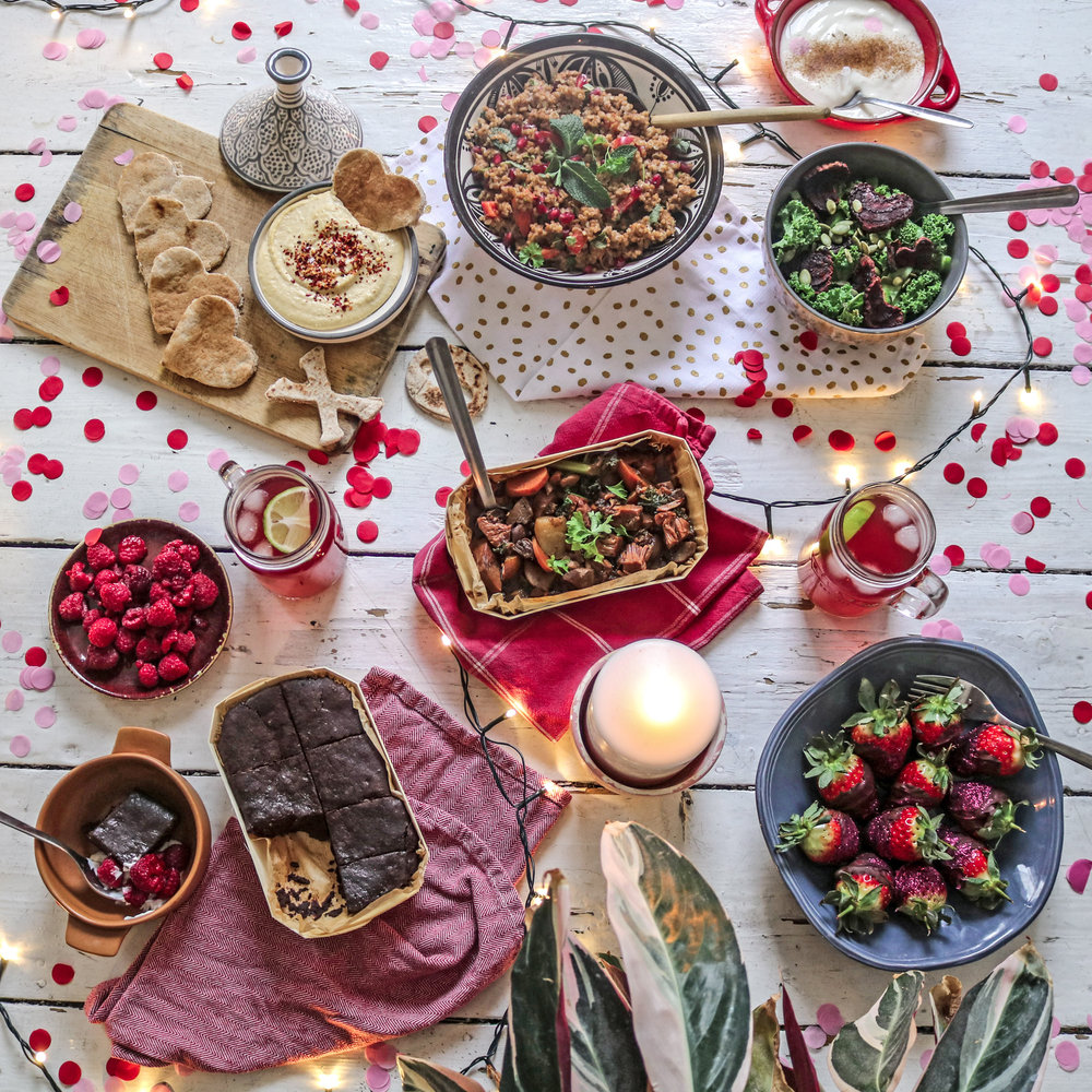 Galentines day table