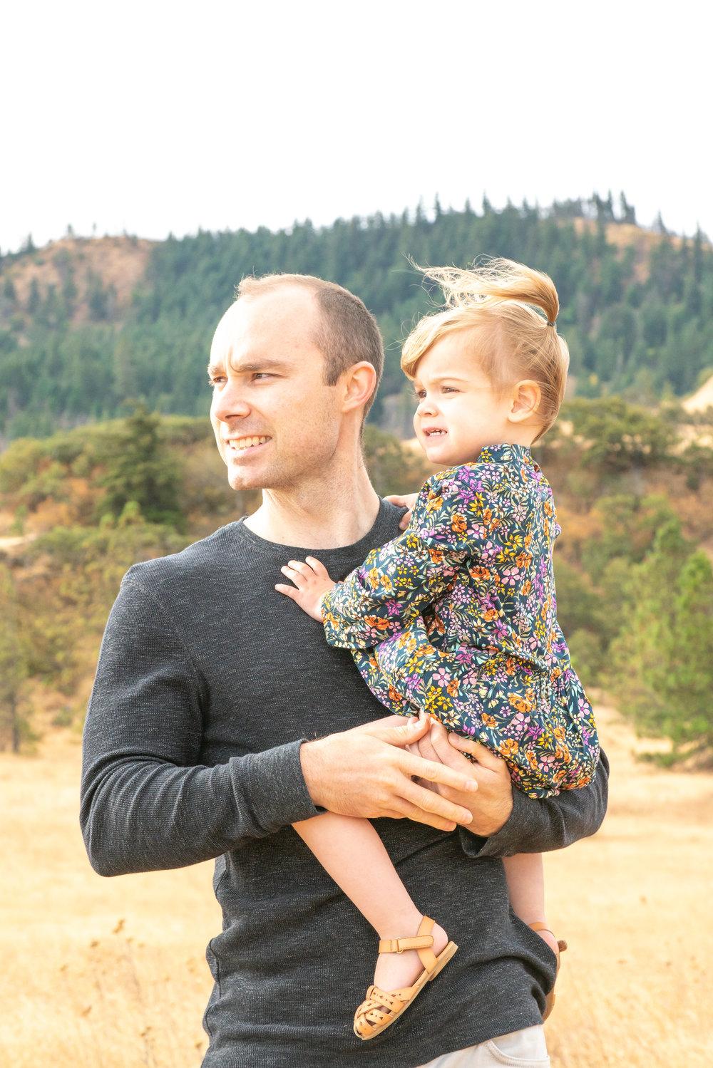 Dreamy Fall Family Photoshoot 7.jpg