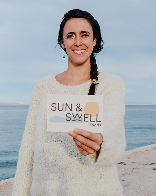 EP6 🏄🏼♀️ We talk with Kate Flynn, founder of California healthy snack food brand @sunandswellfoods who makes their products in-house with a commitment to health and sustainability.⠀ ⠀ We cover a wide range of topics - including what being a values driven business means, unwinding through surfing and what it's like being in business with family.⠀ ⠀ 🎧 Give it a listen :⠀ https://www.contrapreneurship.com/podcast/2019/1/27/ep6kateflynnsunandswell or through the link in the bio!⠀ ⠀ You can also use the code CONTRAPRENEUR20 for 20% off your first order! The clean cookie bites are AMAZING! 😋