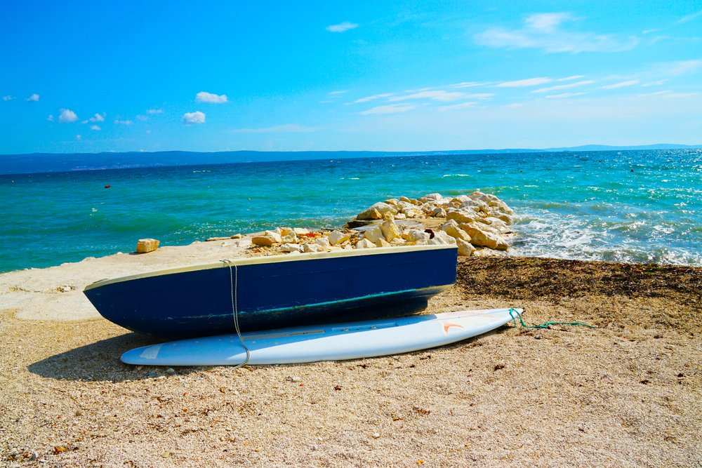 adriatic-beach-boat-1190122.jpg