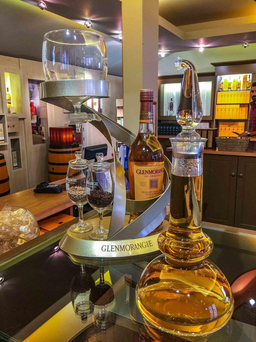 6-glenmorangie-distillery_whisky-tasting-shop.jpg