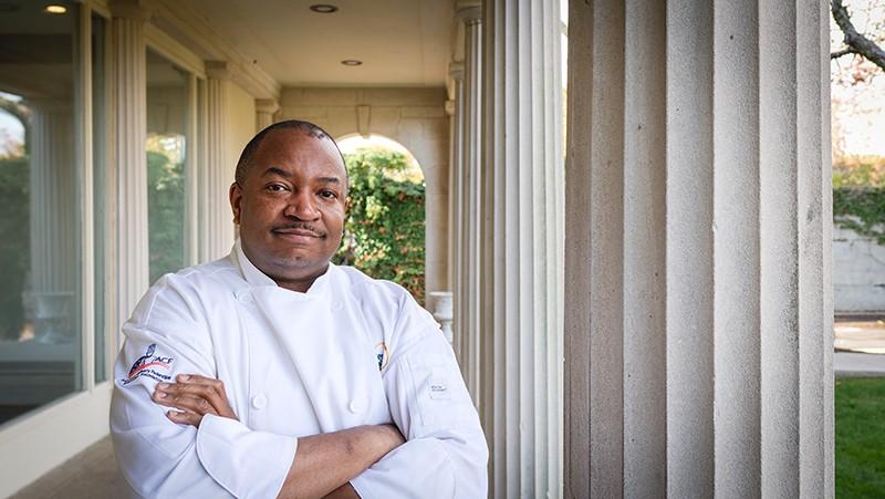 Chef Darnell Devine_Headshot_Cropped.jpg