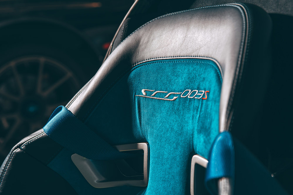SCG 003S Custom seats, FIA certified when race installed