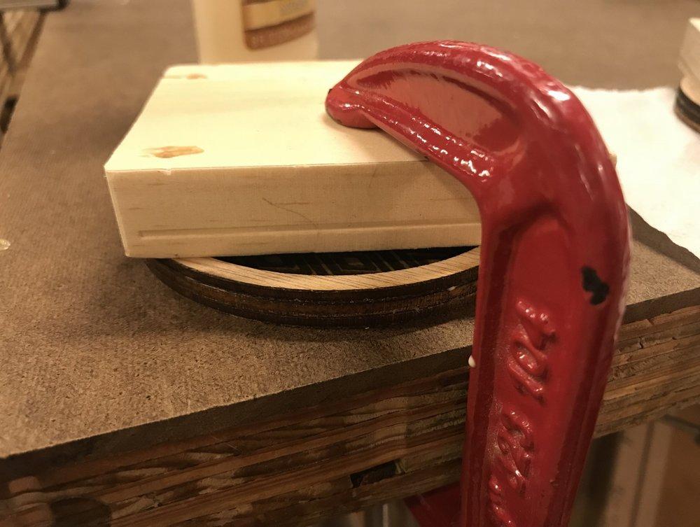 Figure 5 : Glue setup