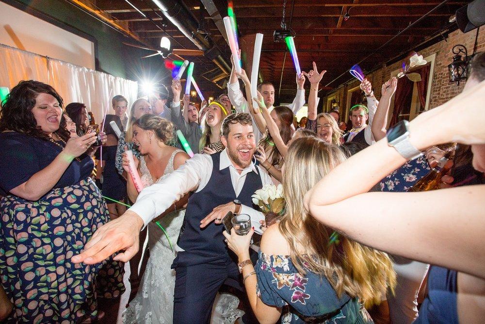 01 Wedding party.jpg