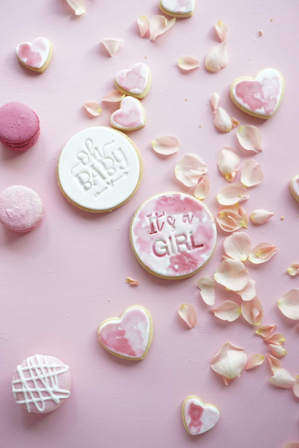 Cakes_By_Aranee_Perth_Drip_Cakes_Custom_Cakes_Wedding_Cakes_Macarons_Cupcakes_Personalised_Cookies_OTHER_DESSERTS_Gallery6.JPG