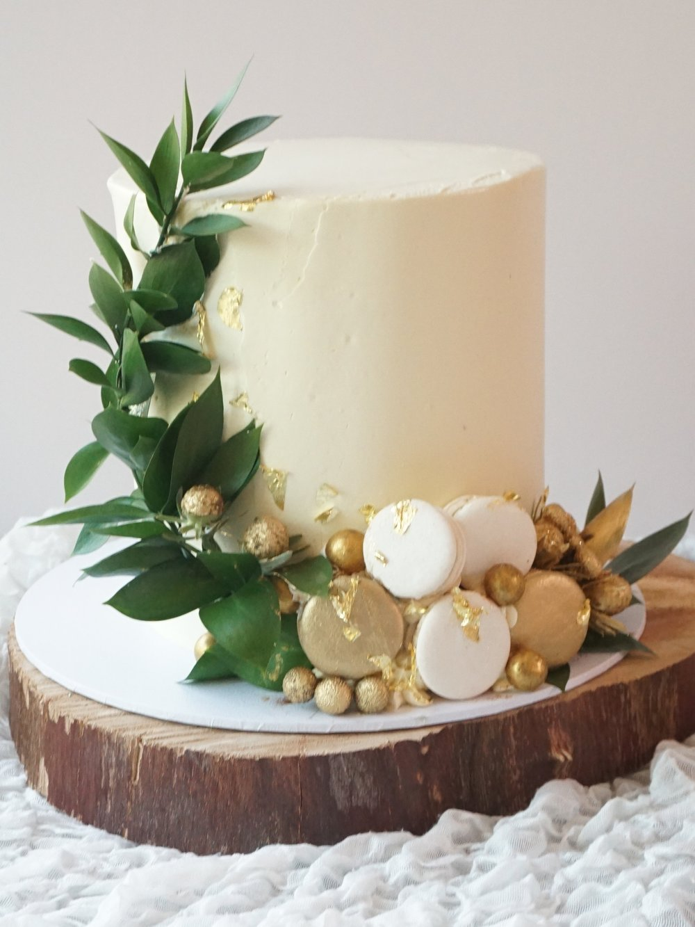 Cakes_By_Aranee_Perth_Drip_Cakes_Custom_Cakes_Wedding_Cakes_Macarons_Cupcakes_Personalised_Cookies_CAKES_Gallery14.jpg