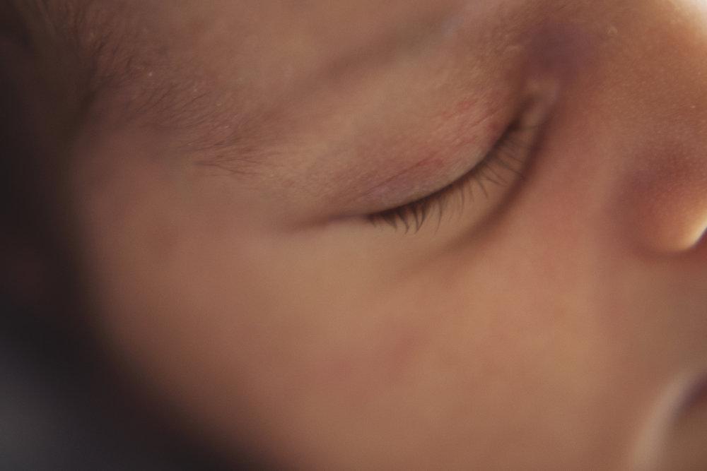 Newborn photography Everett close up of baby's eyelashes