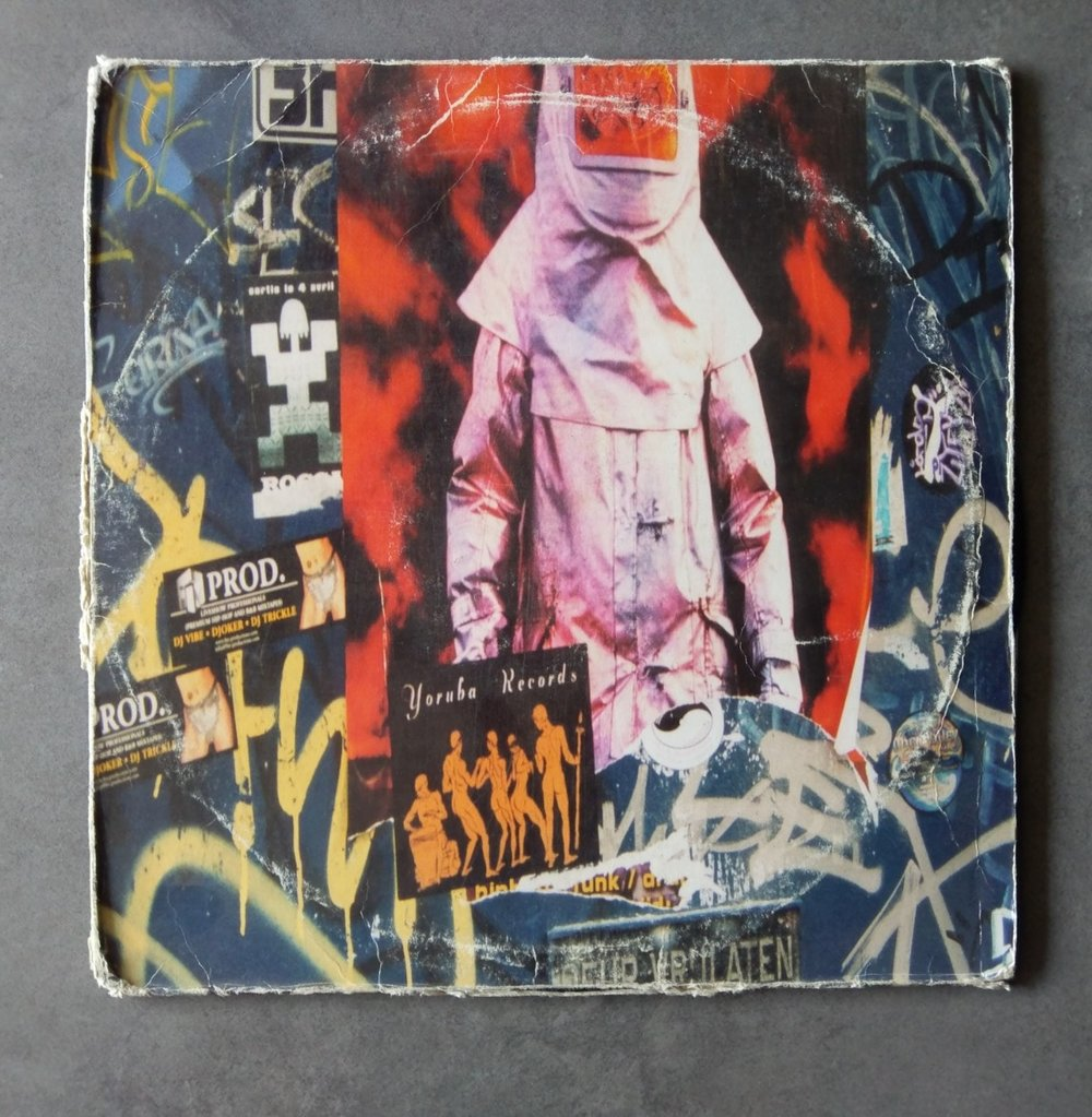 Artist : Osunlade    Album : Yoruba Records (El Primo Ano) [YOR-040]    Label: Yoruba Records    Release date: 2000    Go to track:   Power to conquer    Remarks : Afro house legend Osunlade brings us a great album here, released back in the day during the birth and rise of afro house. A widely influential album on allot of producers.