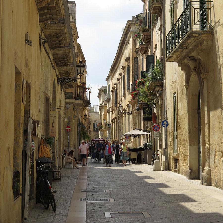 2-Lecce-1s.jpg
