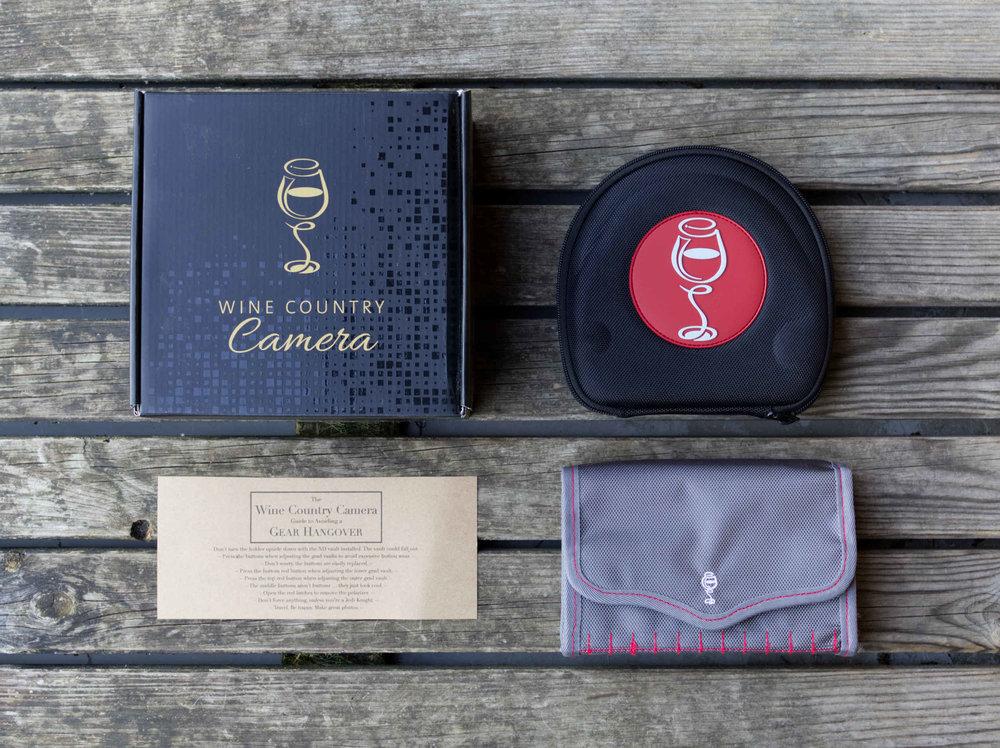 Überblick über das Wine Country Camera Filter-Halter-System: Box, Taschen für Filter-Halter (oben rechts) und Wine Country Camera Vault (unten rechts).