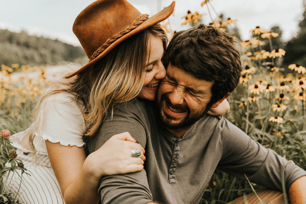 Couples photographer wildflower north georgia boho