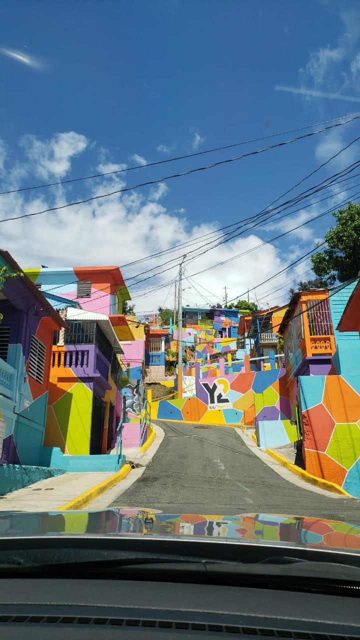 Yaucromatic II - Un Casco Urbano colorido