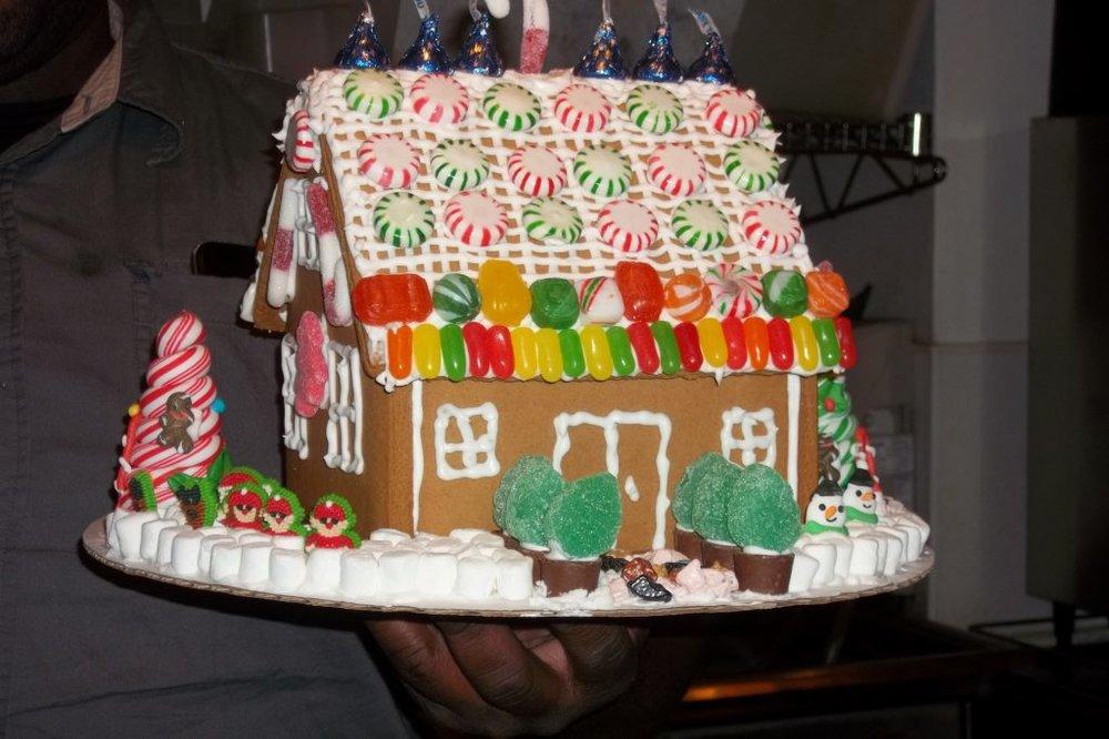 Gingerbread-House-1024x682.jpg