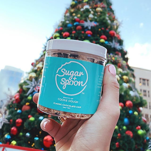 🚨THIS WEEKEND ONLY🚨Get the perfect gift this holiday season. Our half pints will be available for purchase this weekend at Westlake Center under the Christmas tree AND for delivery on Grubhub. Stock up on dough before the New Year 🍪 Happy Holidays dough lovers! . . #eatmoredough #sugarspoon #seattle #desserts #seattlefoodie