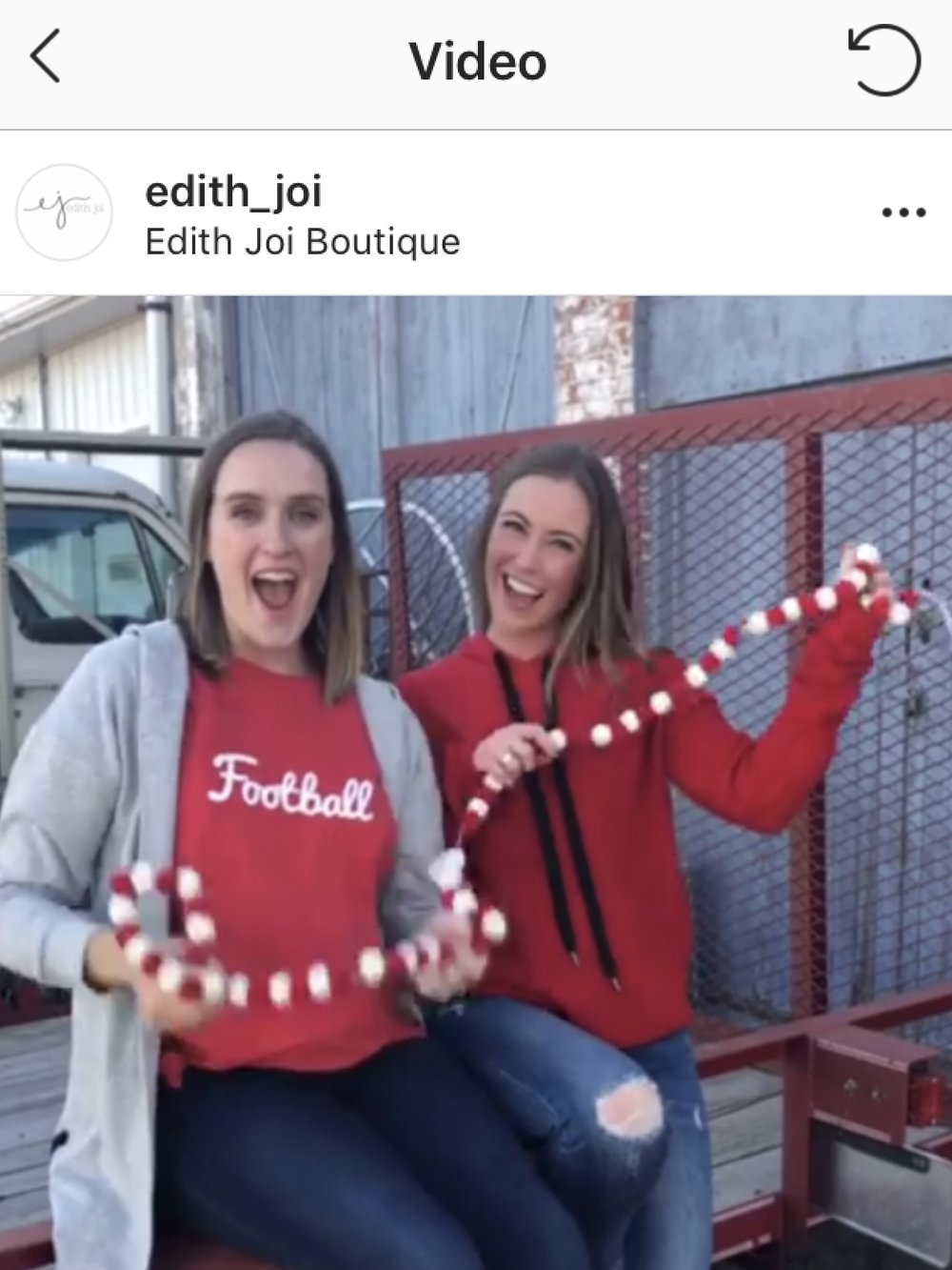 Head over to the  Edith Joi insta page  for this boomerang in all its cuteness
