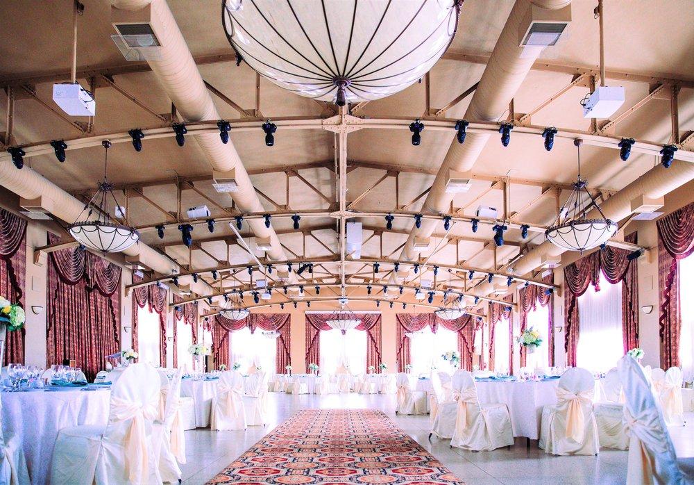 elegant-wedding-hall_4460x4460.jpg