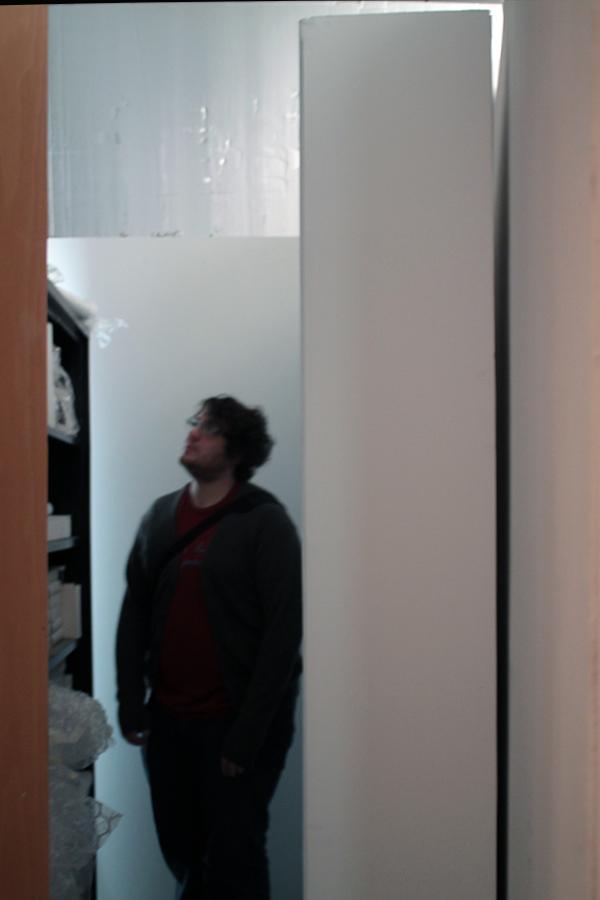 Pedestal Closet