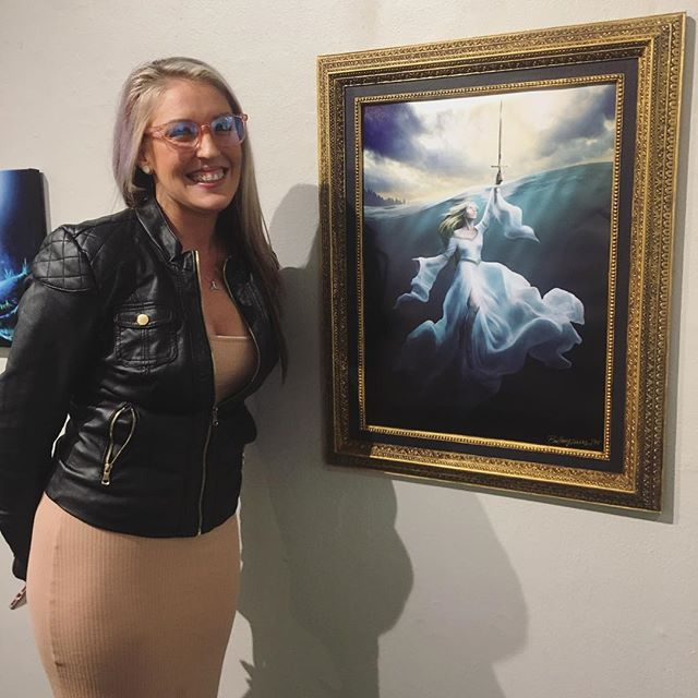 When your model comes to see her picture hung in a gallery 😍 I am so fortunate to work with such gorgeous women who have such big hearts 💕 As I am still a new artist, I usually can only do TFP models, but that never stopped this gal from offering to model the moment I mentioned it! Thank you @iamburtny for all your support, it means the world! Here's to many more photoshoots to come!! . . . . #seattlemodel #modellife #model #galleryart @gageacademy #seattlegallery #seattle #pnw #pnwphotographer #womensupportingwomen #femalephotographer #womenentrepreneurs #fantasyinfocus #fantasyphotography #fantasyphotographer