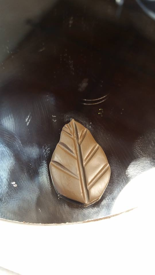 Leaf 1g.jpg