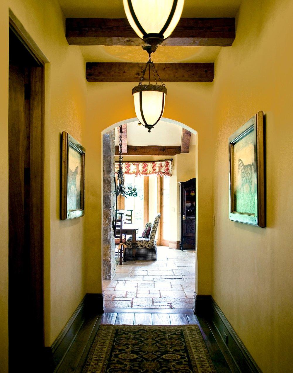 Hallway1117.jpg