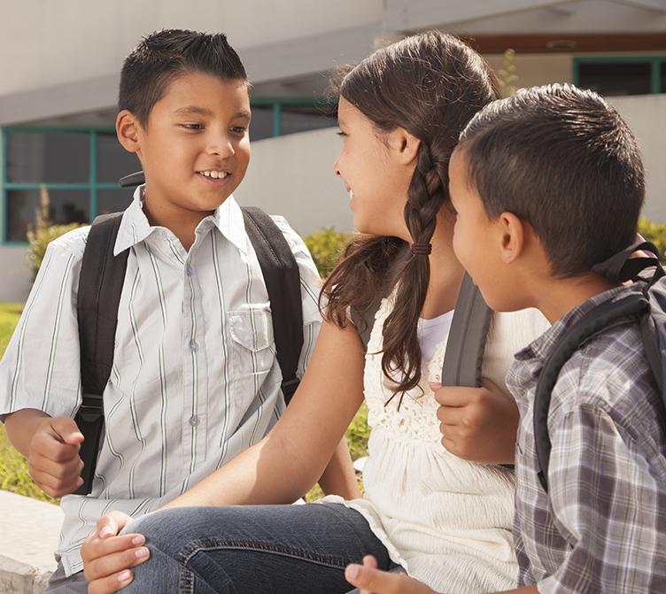 Involucrando a los jóvenes vulnerables y sus familias en los servicios de apoyo - El Equipo de Recursos Infantiles y Juveniles (CYRT, por sus siglas en inglés) brinda servicios intensivos para los jóvenes y familias considerados más vulnerables de la comunidad. Compuesto por tres equipos:· El Proyecto de Bienestar de la Infancia Temprana (ECWP, por sus siglas en inglés) trabaja con familias que tienen niños de 0 a 5 años de edad.· El Equipo de Apoyo para Escuelas Secundarias (MSST, por sus siglas en inglés) brinda apoyo a los jóvenes de 11 a 15 años de edad.· El Equipo de Recursos Juveniles (YRT, por sus siglas en inglés) brinda apoyo a los jóvenes mayores de 15 a 24 años de edad.¿Necesita acceder a servicios para jóvenes y familias vulnerables?