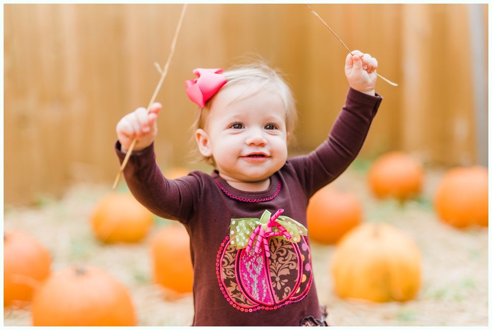 Pumpkin Patch Session_2928.jpg