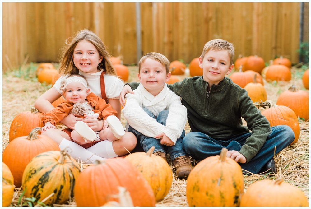 Pumpkin Patch Session_2941.jpg