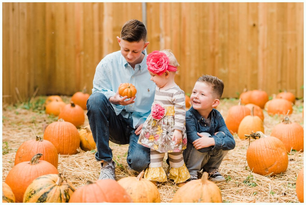 Pumpkin Patch Session_2945.jpg