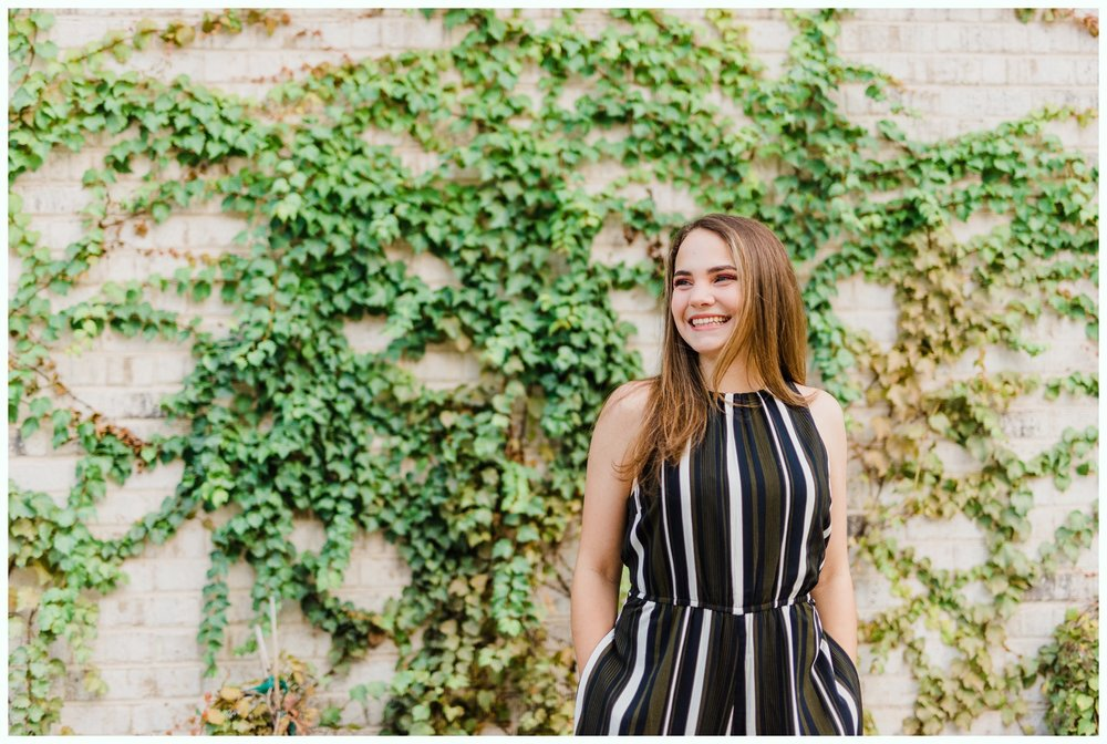Dallas Bishop Arts District Senior Session_3073.jpg