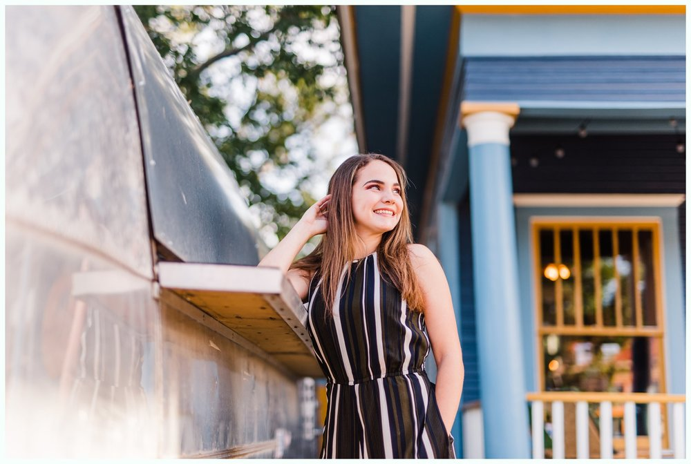Dallas Bishop Arts District Senior Session_3070.jpg