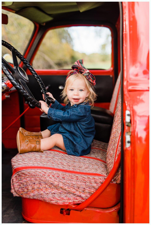 Vintage Truck Mini Sessions_3241.jpg