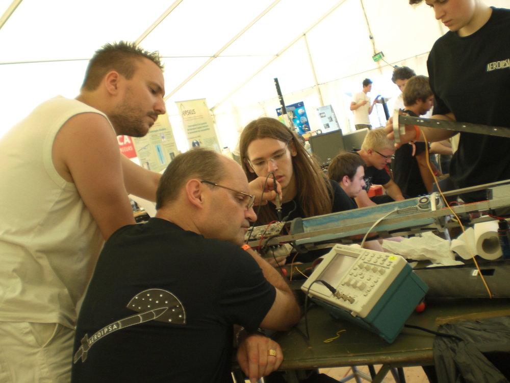 118-Tests sur les cartes électroniques.JPG