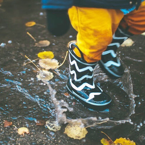 We've seen lots of miserable post today about the rain. Instead of being grumpy why not throw on those wellies, go for a walk and jump in a few puddles. Walking is a really good way to think about projects, to do lists and keep you healthy. We've done our 10,000 steps already today. How about you? #coworkingspace