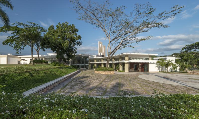 Jardín Memorial_RBF4114.jpg