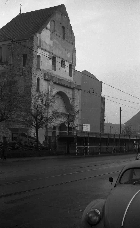 1958_kirchen-ruine-stn.jpg