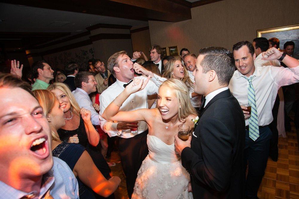 Annandale Golf Club Wedding | Miki & Sonja Photography | mikiandsonja.comAnnandale Golf Club Wedding | Miki & Sonja Photography | mikiandsonja.com