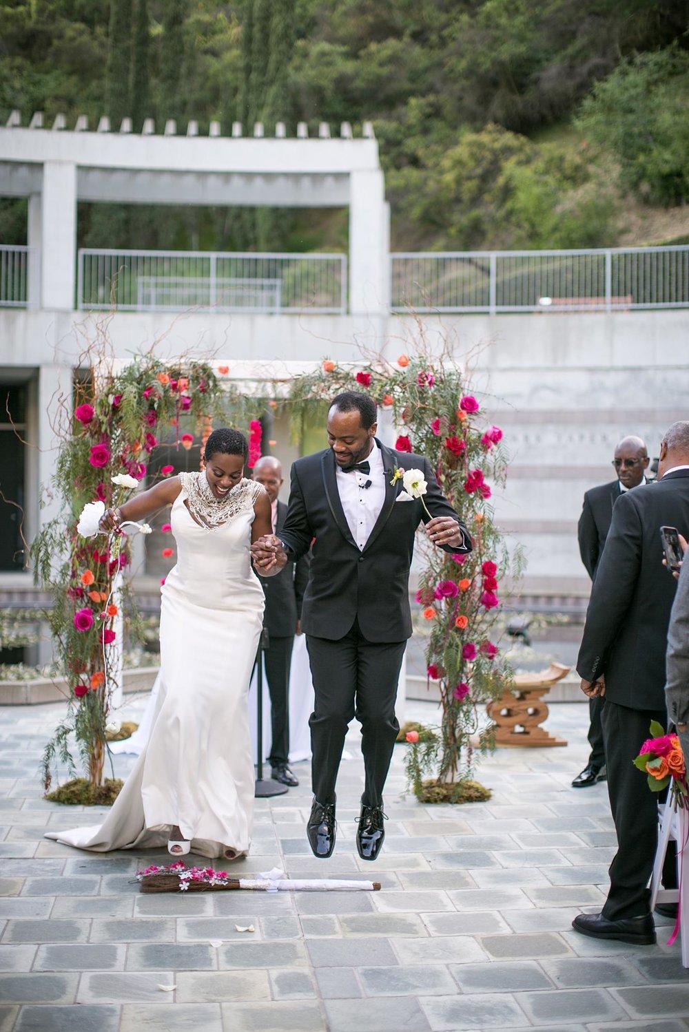 Skirball Cultural Center Wedding | Miki & Sonja Photography | mikiandsonja.comSkirball Cultural Center Wedding | Miki & Sonja Photography | mikiandsonja.com