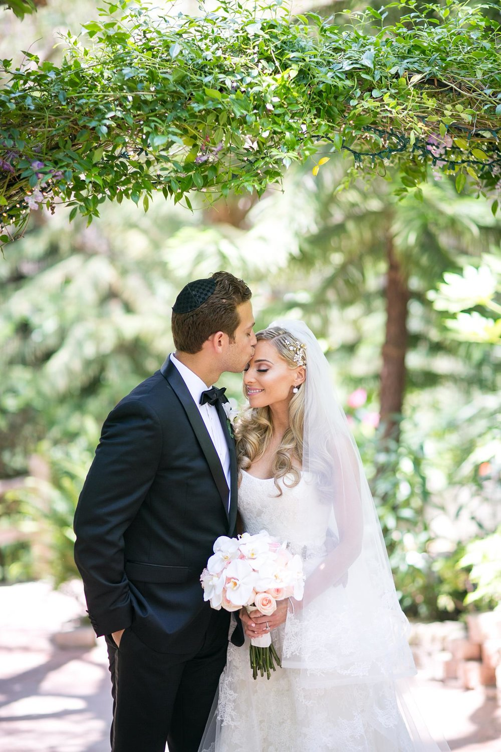 The Vineyards Simi Valley Wedding | Miki & Sonja Photography | mikiandsonja.com