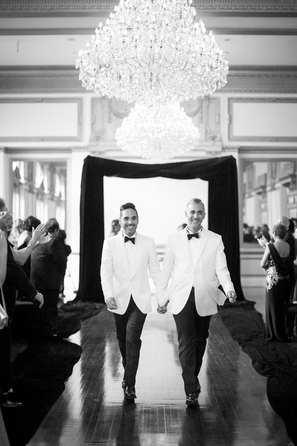 Alexandria Ballrooms Wedding | Miki & Sonja Photography | mikiandsonja.com