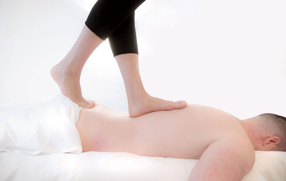 Ashiatsu Massage -