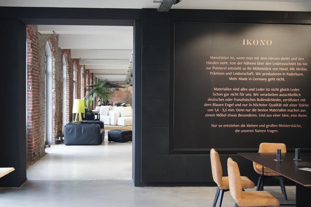 Zwei identisch große Hallenhälften   Die 1.400qm große Storefläche umfasst den kompletten Erdgeschoss Bereich. Gemeinsam mit unserem Kooperationspartner IKONO bieten sich viele Teilflächen Lösungen an.