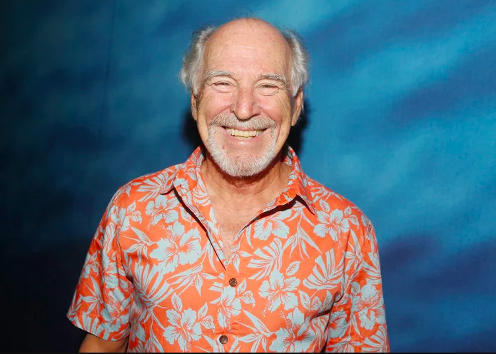 ARTICLE:  This is Jimmy Buffett's Legendary Margarita Recipe  -  InStyle.com