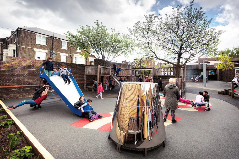 Anamorphic Playground - A playground that morphs reality