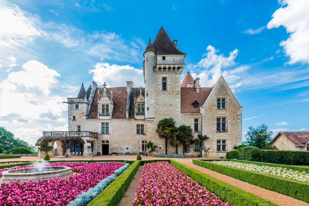 Private guided tour of Josephine Baker's Chateau des Milandes - Visit the Chateau des Milandes, one of the most beautiful of the Dordogne castles and former home to legendary music hall star Josephine Baker.