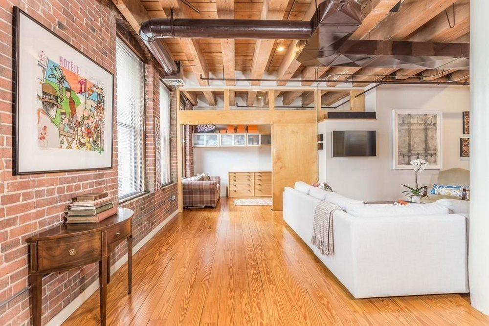 108 Lincoln St, 3B - 3 BED, 1.5 BATH, 1650 sq/ftPrice: $1,149,000Largest 3+ bedroom under $1,150,000 in Downtown Boston! This is a must see! NYC style loft, true brick and beam located in a boutique elevator building. Minutes from the Financial and Seaport Districts. Just two blocks away, jump on the T or Amtrak at South Station that will take you all over Boston or direct to NYC! The open floor plan offers expansive living, grand dining and entertaining spaces including a more private sitting / library area.