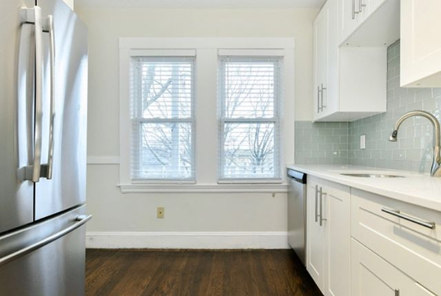 Great Dorchester 3 BR available now for lease! $2,900, with deeded parking- top floor unit, just minutes from the T, the highway, and local bars and restaurants.  #barkarealestate #boston #coldwellbanker #dorchester #luxuryrealestate #forrent #dot #bostonrental